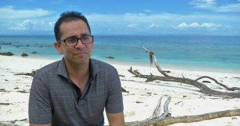 Mike Zahalsky, a Florida urologist, helped his tribe, the Healers, win its first challenge on 'Survivor.' Photo courtesy CBS.com