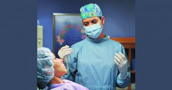 'PRIVATE PRACTICE': TV doctor Addison Montgomery counsels a patient. Courtesy Eric McCandless/Disney ABC Television Group